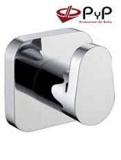 Percha NUBA NU-03 PyP. Colocación: Con tornillos ó Adhesivo SEALANT. Medida: 5x5x4,5 cm. Material: Latón Cromo